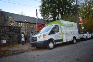 Vetri Mobile Teaching Kitchen comes to St. James School